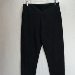 Aritizia tna leggings black